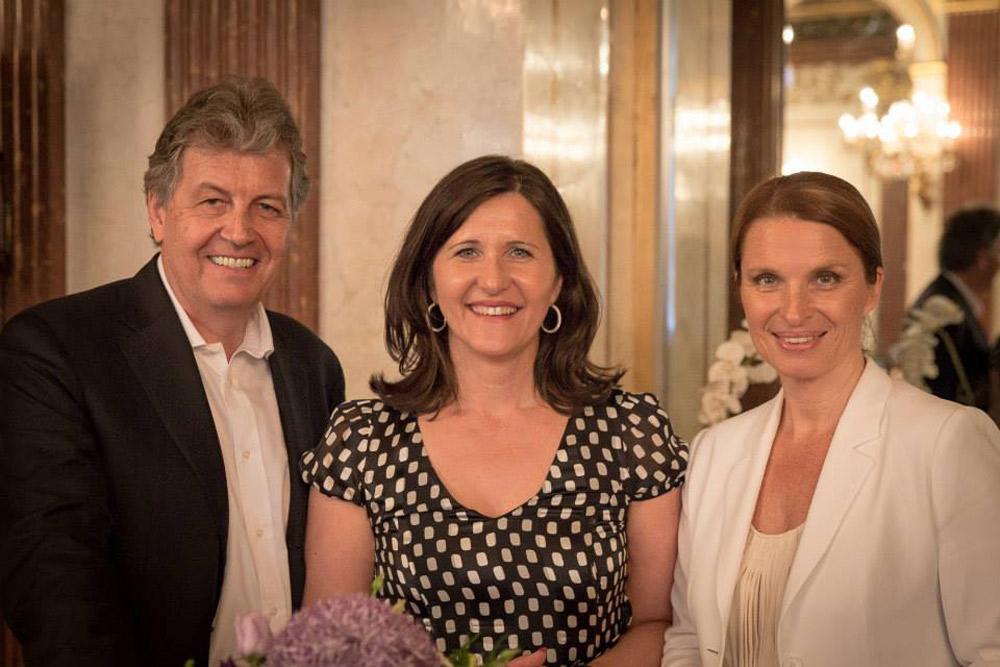 ORF-Talkerin Barbara Stöckl und Medien-Manager Gerhard Zeiler 32