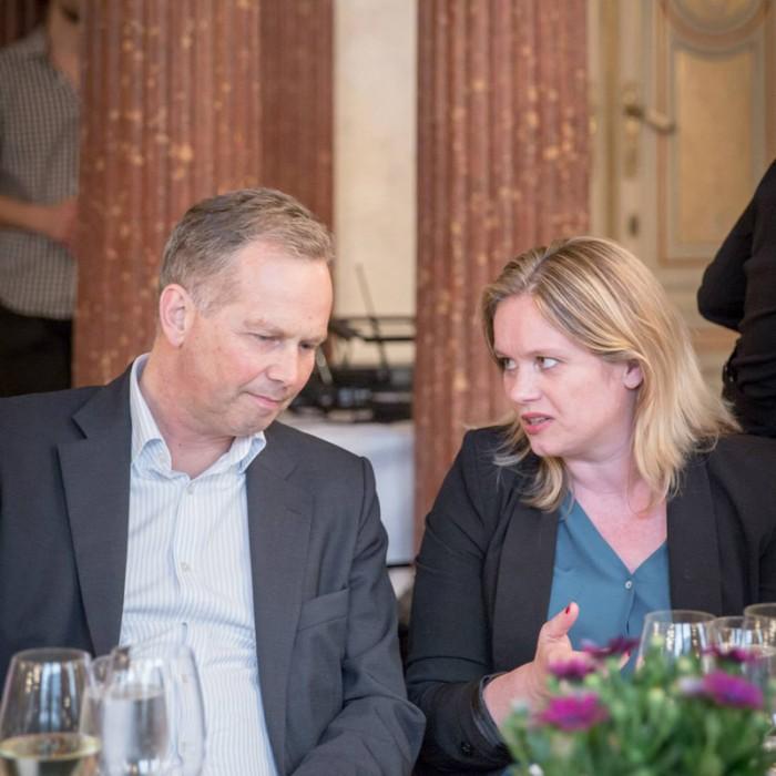 TV-Journalistin Nadja Bernhard und Ex-Finanzminister Sepp Pröll 21