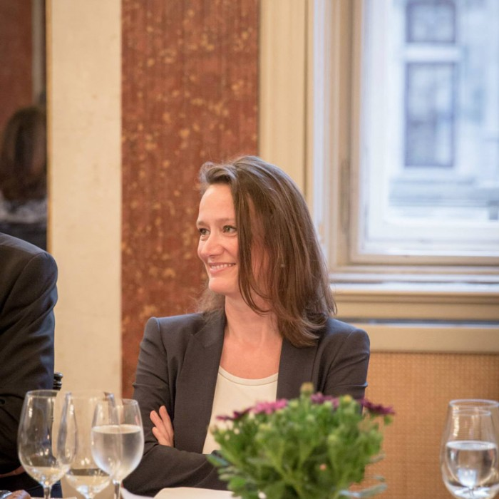 TV-Journalistin Nadja Bernhard und Ex-Finanzminister Sepp Pröll 27