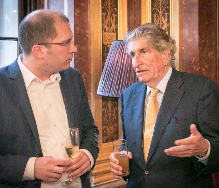 ORF-Chefredakteur Fritz Dittlbacher und ÖNB-Präsident Claus Raidl 18
