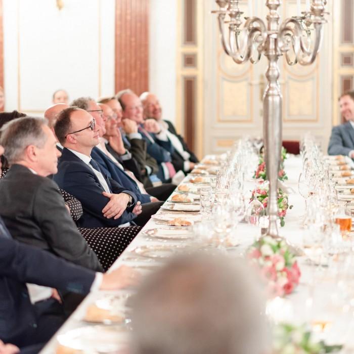 Dr. Georg Wailand und Bundesminister Hartwig Löger 20