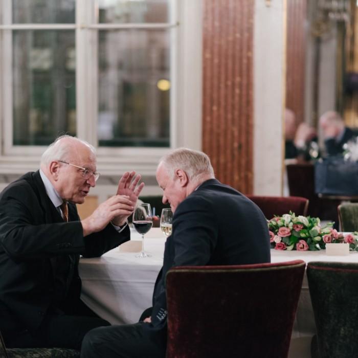 Dr. Georg Wailand und Bundesminister Hartwig Löger 2