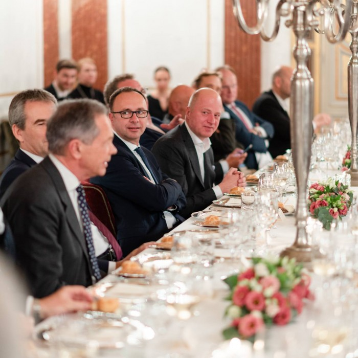 Dr. Georg Wailand und Bundesminister Hartwig Löger 4