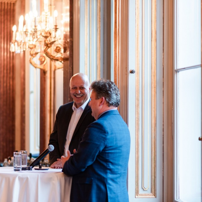Heute-Chefredakteur Dr. Christian Nusser und Bürgermister Dr. Michael Ludwig 9