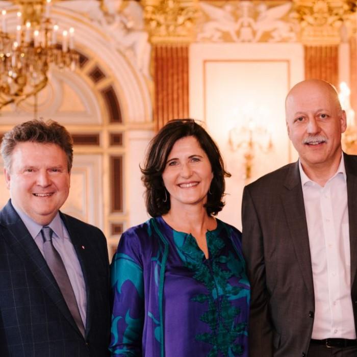 Heute-Chefredakteur Dr. Christian Nusser und Bürgermister Dr. Michael Ludwig