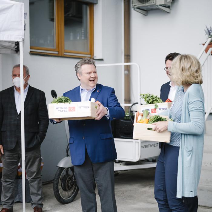 Wiener Tafel eröffnet neue Lebensmittelzentrale 10